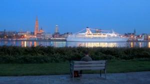 Orilla río Schelde Rincones especiales. A orillas del río Schelde - Orilla 300x169 - Rincones especiales. A orillas del río Schelde