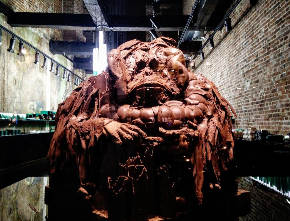 Escultura orangutan de chocolate El Arte del Chocolate en Bruselas - Escultura orangutan de chocolate - El Arte del Chocolate en Bruselas