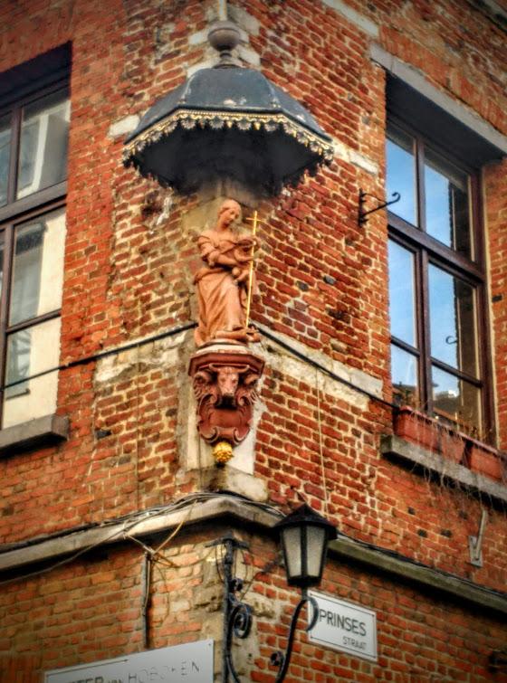 Virgen Prinsesstraat Tradición mariana en Amberes - Virgen Prinsesstraat - Tradición mariana en Amberes