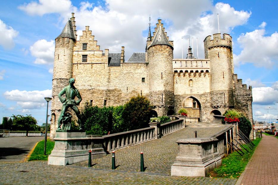 Het Steen (1) Het Steen: un castillo frente al río - Het Steen 1 - Het Steen: un castillo frente al río