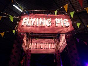 flying-pigs ¡Cuándo los cerdos vuelen! ¡¡Y llegaron los #3 Flying Pigs!! - Flying Pigs 300x225 - ¡Cuándo los cerdos vuelen! ¡¡Y llegaron los #3 Flying Pigs!!