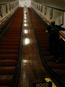 escaleras-2 Scheldt esconde un secreto… - escaleras 2 225x300 - Scheldt esconde un secreto…