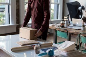 package-1081709 ¡Mamá, un paquetito por favor! - package 1081709 300x200 - ¡Mamá, un paquetito por favor!