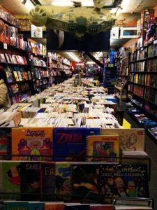 tienda-2 Un comic de Batman, una varita mágica y… ¡¡100 copias GRATIS!! - tienda 2 225x300 - Un comic de Batman, una varita mágica y… ¡¡100 copias GRATIS!!