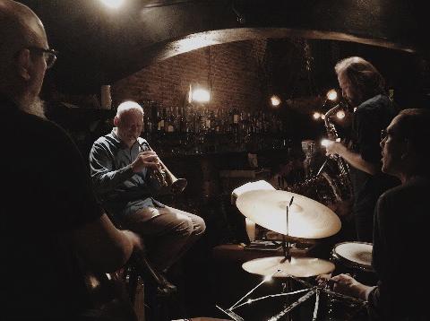 Los 8 mejores bares con música en directo de Amberes