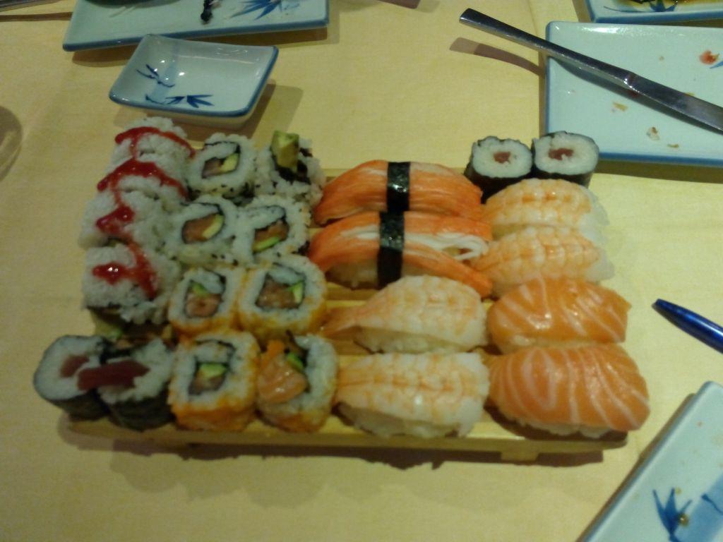 ¿Buffet libre de comida asiática barato? Ve a Le Lychee