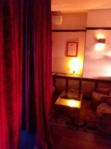 2015-01-31 10.39.13  - 2015 01 31 10 - ¿Un local de citas reconvertido en hotel? En Bruselas, sí