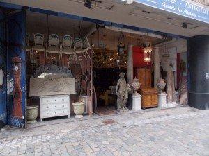 Uno de los anticuarios del barrio de Sablon, concretamente en la Rue des Minimes
