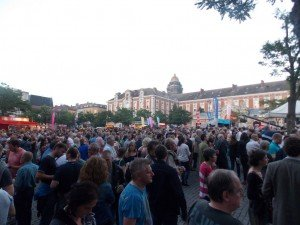 Ambiente en el Bal National: la plaza estaba llena