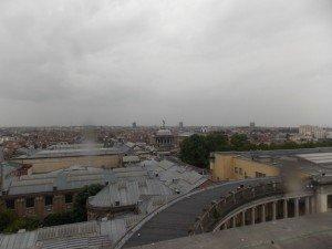 Las vistas desde el Arco del Cincuentenario son espectaculares