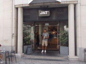 JAT-Bruselas-Entrada