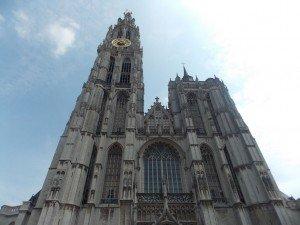catedral-Amberes Verano en Amberes: la diversión nunca para - DSCN6511 300x225 - Verano en Amberes: la diversión nunca para