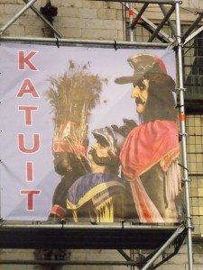 cartel-kakuit Katuit, o la Procesión de los 3 gigantes de Dendermonde - DSCN6776 225x300 - Katuit, o la Procesión de los 3 gigantes de Dendermonde
