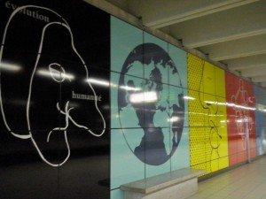 CAM03317 Las estaciones de metro de Bruselas: una galería de arte abierta - CAM03317 300x225 - Las estaciones de metro de Bruselas: una galería de arte abierta