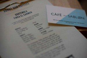 Bar marionetas etc -3 Le Café du Sablon: Un café con vistas inigualables. - Bar marionetas etc 3 1 300x200 - Le Café du Sablon: Un café con vistas inigualables.