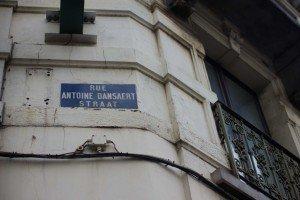 Bar marionetas etc -6 Rue Antoine Dansaert: El paraíso boho-chic de la ciudad. - Bar marionetas etc 6 300x200 - Rue Antoine Dansaert: El paraíso boho-chic de la ciudad.