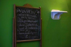 Chat Touille-2 Le Chat Touille: El café donde los gatos son los protagonistas. - Chat Touille 2 300x200 - Le Chat Touille: El café donde los gatos son los protagonistas.
