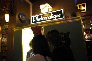 photo booth-4 ¡Estrenando la cabina de fotos del Délirium Café! - photo booth 4 300x200 - ¡Estrenando la cabina de fotos del Délirium Café!