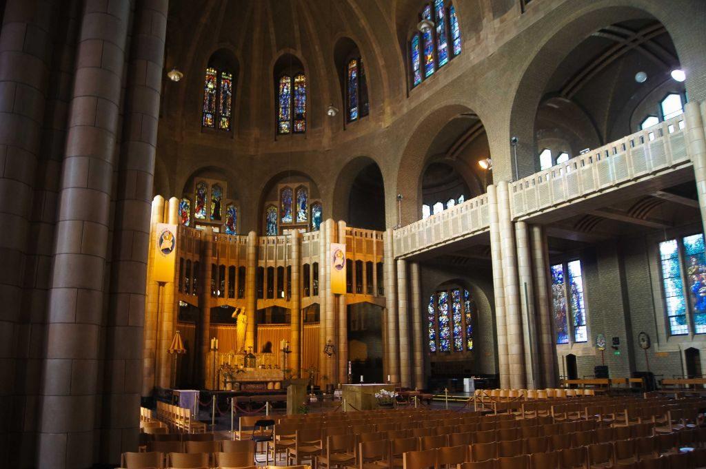 Imprimir-5 ¡Una de las iglesias más grandes del mundo en Bruselas! - Imprimir 5 1024x681 - ¡Una de las iglesias más grandes del mundo en Bruselas!