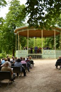 DSC_0052io MidSUMMER MOZARtiade: música clásica en el parque - DSC 0052io 200x300 - MidSUMMER MOZARtiade: música clásica en el parque