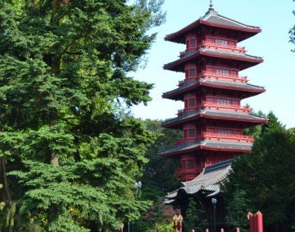 Paseos veraniegos II: Laeken, el dominio real y el pabellón asiático
