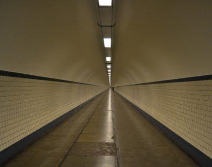 Paseos veraniegos III: un túnel bajo el río en Amberes