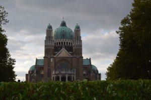 img_2810 La Basilique du Sacré-Coeu, una joya del siglo pasado - IMG 2810 300x199 - La Basilique du Sacré-Coeu, una joya del siglo pasado