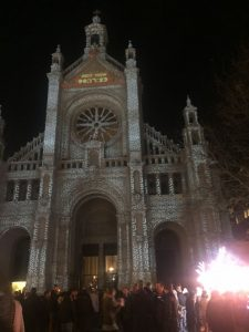 img_4880 Rincones navideños de Bruselas: Plaza de St. Gery - IMG 4880 225x300 - Rincones navideños de Bruselas: Plaza de St. Gery