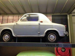 FIEBRE POR LOS MUSEOS EN BRUSELAS - Autoworld Vespa 300x225 - FIEBRE POR LOS MUSEOS EN BRUSELAS