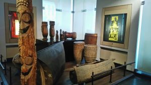 Vibra con la música de todo el mundo en el Museo de Instrumentos Musicales - M  sica desde   frica con tunkul 300x169 - Vibra con la música de todo el mundo en el Museo de Instrumentos Musicales
