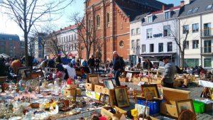 Mercadillos populares en la capital de Europa - Mercado de Jeu de balle en Bruselas 300x169 - Mercadillos populares en la capital de Europa