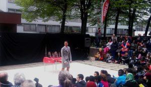 el circo vuelve otro año a bruselas de la mano de hopla festival - Hopla festival 300x174 - El circo vuelve otro año a Bruselas de la mano de Hopla Festival