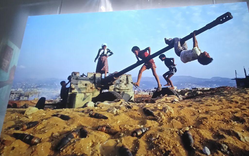 el mundo a través de la fotografía: steve mccurry - Otra realidad 1024x642 - El mundo a través de la fotografía: Steve McCurry