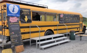 brussels food truck festival 2017 - BFTF American bus 300x185 - BRUSSELS FOOD TRUCK FESTIVAL 2017