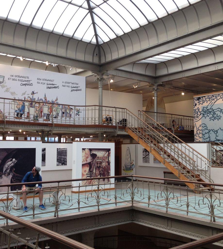 "el ""noveno arte"" en un edificio art nouveau - CBBD Art Nouveau 3 - El ""noveno arte"" en un edificio Art Nouveau"