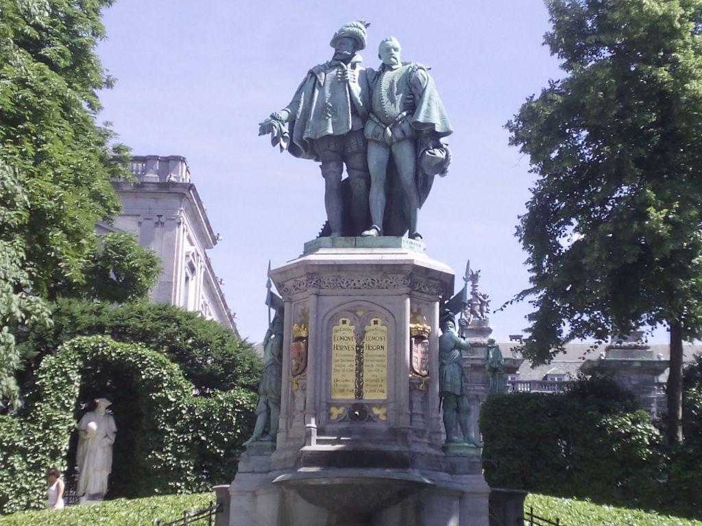 """- Egmont y Hornes - Condes de Egmont y de Hornes, """"héroes belgas"""""""