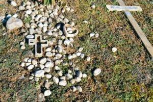 - 4 2 1 300x200 - Visita al cementerio de Ixelles