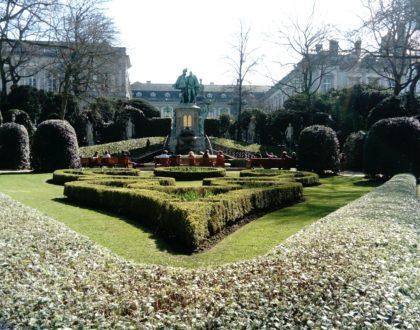 Parque Petit Sablon, esculturas