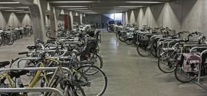 El aparcamiento de Parkhuistraat está abierto todos los días de 7:00 a 1:00 (AM)