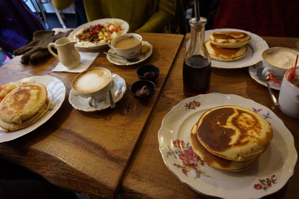 Gust, restaurante con desayunos, almuerzos y comidas