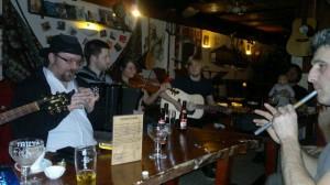 muzikantenhuis MuzikantenHuis: cerveza y música en directo - muzikantenhuis 2 300x168 - MuzikantenHuis: cerveza y música en directo