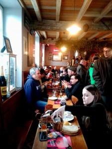 Café Lennik (12) Las mejores cervezas belgas se beben los domingos por la mañana… - Caf   Lennik 12 225x300 - Las mejores cervezas belgas se beben los domingos por la mañana…