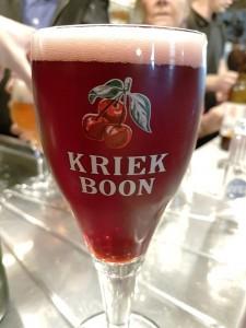 Café Lennik (2) Las mejores cervezas belgas se beben los domingos por la mañana… - Caf   Lennik 2 225x300 - Las mejores cervezas belgas se beben los domingos por la mañana…