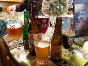 Café Lennik (3) Las mejores cervezas belgas se beben los domingos por la mañana… - Caf   Lennik 3 300x225 - Las mejores cervezas belgas se beben los domingos por la mañana…