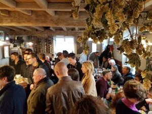 Café Lennik (4) Las mejores cervezas belgas se beben los domingos por la mañana… - Caf   Lennik 4 300x225 - Las mejores cervezas belgas se beben los domingos por la mañana…