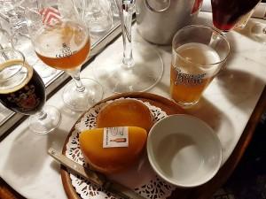 Café Lennik (6) Las mejores cervezas belgas se beben los domingos por la mañana… - Caf   Lennik 6 300x225 - Las mejores cervezas belgas se beben los domingos por la mañana…