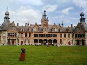 Castillo de Ooidonk (3) Feria del Castillo de Ooidonk - Castillo de Ooidonk 3 300x225 - Feria del Castillo de Ooidonk