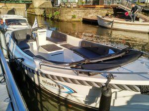 IMG_20160501_192206_opt ¡Navega tu propio barco en Gante! - IMG 20160501 192206 opt 300x225 - ¡Navega tu propio barco en Gante!