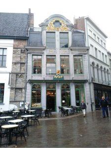 IMG_20160529_161440 Max, donde nació el gofre bruselense - IMG 20160529 161440 225x300 - Max, donde nació el gofre bruselense