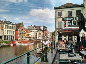 Terrazas de Gante (4) Top 5 las mejores terrazas de Gante - Terrazas de Gante 4 300x225 - Top 5 las mejores terrazas de Gante